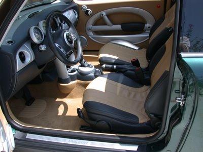 MiniLee interior